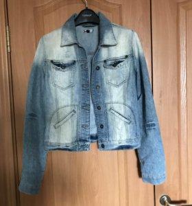 Джинсовая куртка Topshop размер S (8 UK)