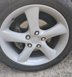 Продам колеса на 17 с резиной 215.55