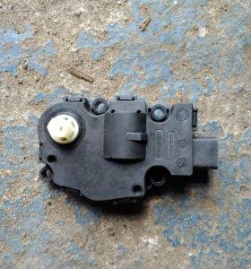 Мотор заслонки отопителя на ауди а4, а5, q5
