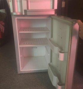 Кулер с холодильником на 60л