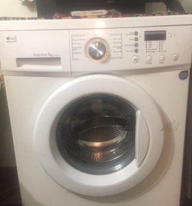 Продам стиральную машинку LG. Срочно!!! Торг!!!