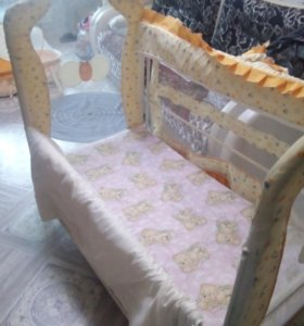 Детская кроватка и люлька