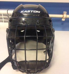 Продам хоккейный шлем