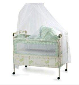 Детская кровать фирмы Geoby.