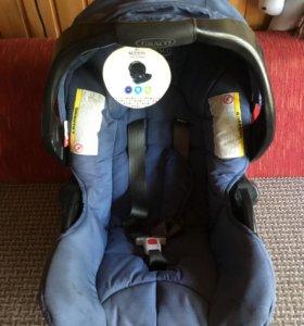 Автомобильное кресло Graco Junior Baby