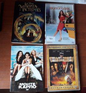 Диски с фильмами (16 шт)