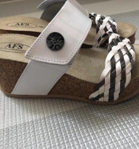 Ортопедическая обувь (шлепанцы летние) новые