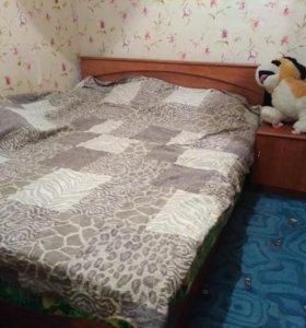 Кровать 2хспальная с 2 тумбочками