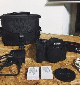 Срочно! Фотоаппарат Canon 550d тушка body