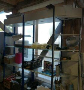 Стеклянные шкафы-витриры