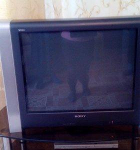Продается телевизор Сони д.71 см