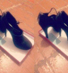 Платье и туфли замша