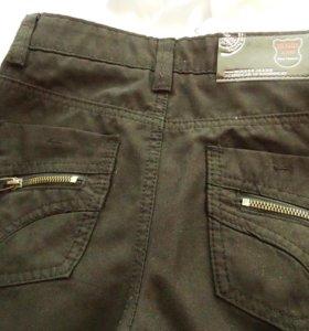 брюки черные-8-9 лет