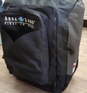 сумка на колёсах Aqualung.