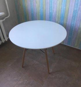 Кухонный стол ИМС в отличном состоянии