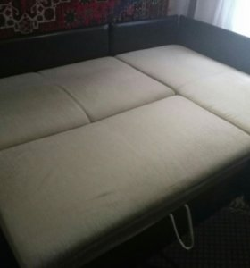 Угловой диван от Нижегородской мебельной фабрики.