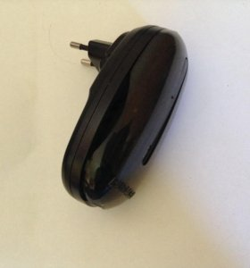 Зарядник для аккумуляторов АА и ААА Duracell