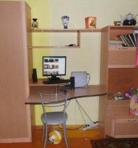 шкаф,компьютерный стол