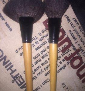 Кисти для макияжа Бобби Браун