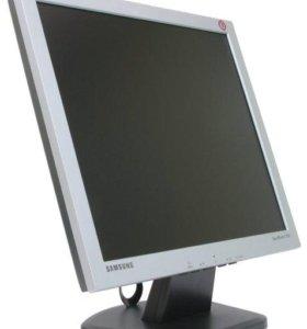 Монитор SAMSUNG SyncMaster710V