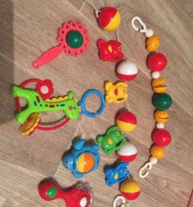 Игрушки для малыша 2