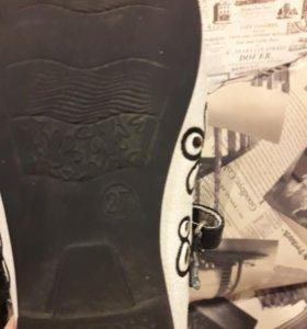 Оригинальные туфельки из натуральной кожи