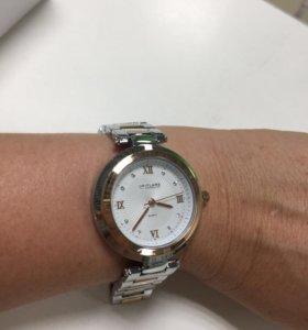 Часы женские,ремешок железный делается по размеру
