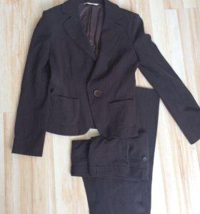 Костюм пиджак и брюки на 42размер