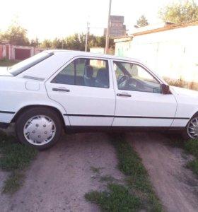 Mercedes-Benz C-Класс, 1987