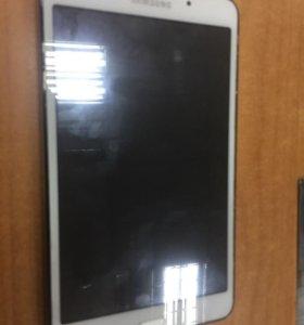Планшет Samsung Tab4