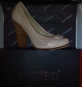 Туфли фирмы Мango shoes