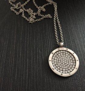 Медальон с цепочкой серебряный Thomas Sabo