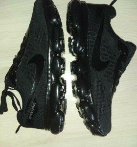 Кроссовки Nike найк