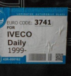 Лобовое стекло Iveco Daily