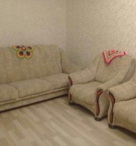 Продам диван и 2 кресла. СРОЧНО.