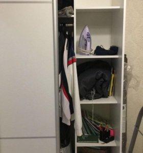 Шкаф в отличном состоянии. Ширина 110, высота 215