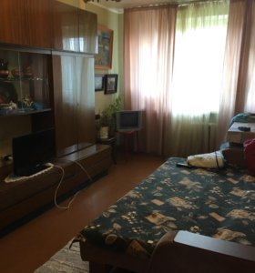 Квартира, 3 комнаты, 63.5 м²