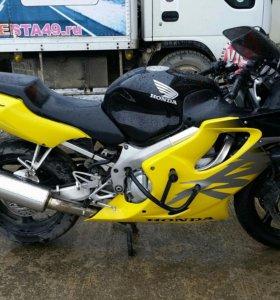 Honda CBR600f4 2000г