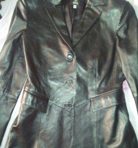 Пиджак кожаный Versace