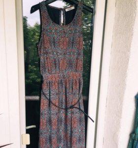 Платье в пол Camelot