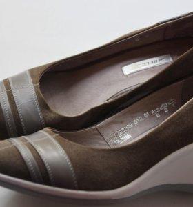 Туфли кожаные новые Belwest, 39 размер