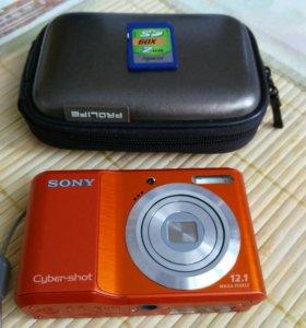 "цифровой фотоаппарат ""SONY"" + флешка"