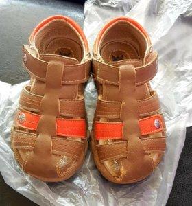 Maro сандалии 24(14см стелька) кожа