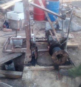 Буровая установка под скважины