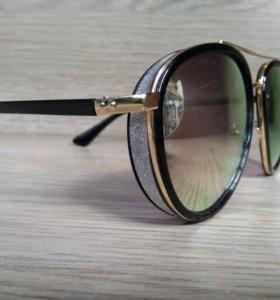 Модные новые очки