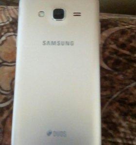 Телефон Samsung galaxy g3