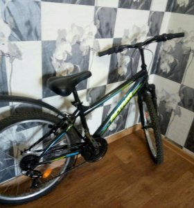Велосипед по очень низкой цене +насос в подарок