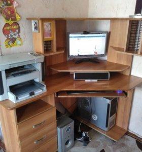 Компьютерный стол (угловой)