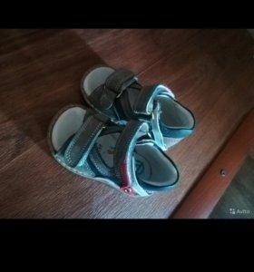 Оптопедические сандалии
