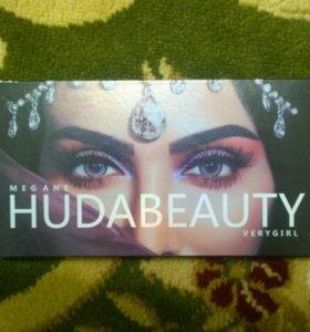 Тени для век Huda Beauty